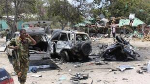 Na foto um atentado com carro-bomba ocorrido no último mês de setembro em Mogadíscio.