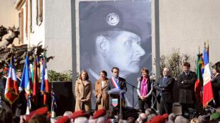 Le 14 mars 2015 à Béziers, le maire de la ville, Robert Ménard, donne officiellement à une rue le nom d'un militaire ayant pris part au putsch des généraux d'avril 1961.