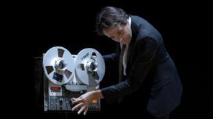 Laurent Poitrenaux dans la pièce «Providence».