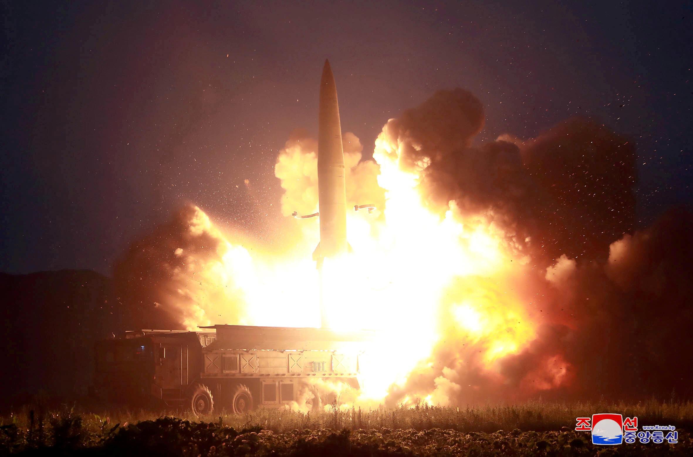 Hình ảnh Bắc Triều Tiên thử tên lửa do hãng tin KCNA cung cấp ngày 07/08/2019.