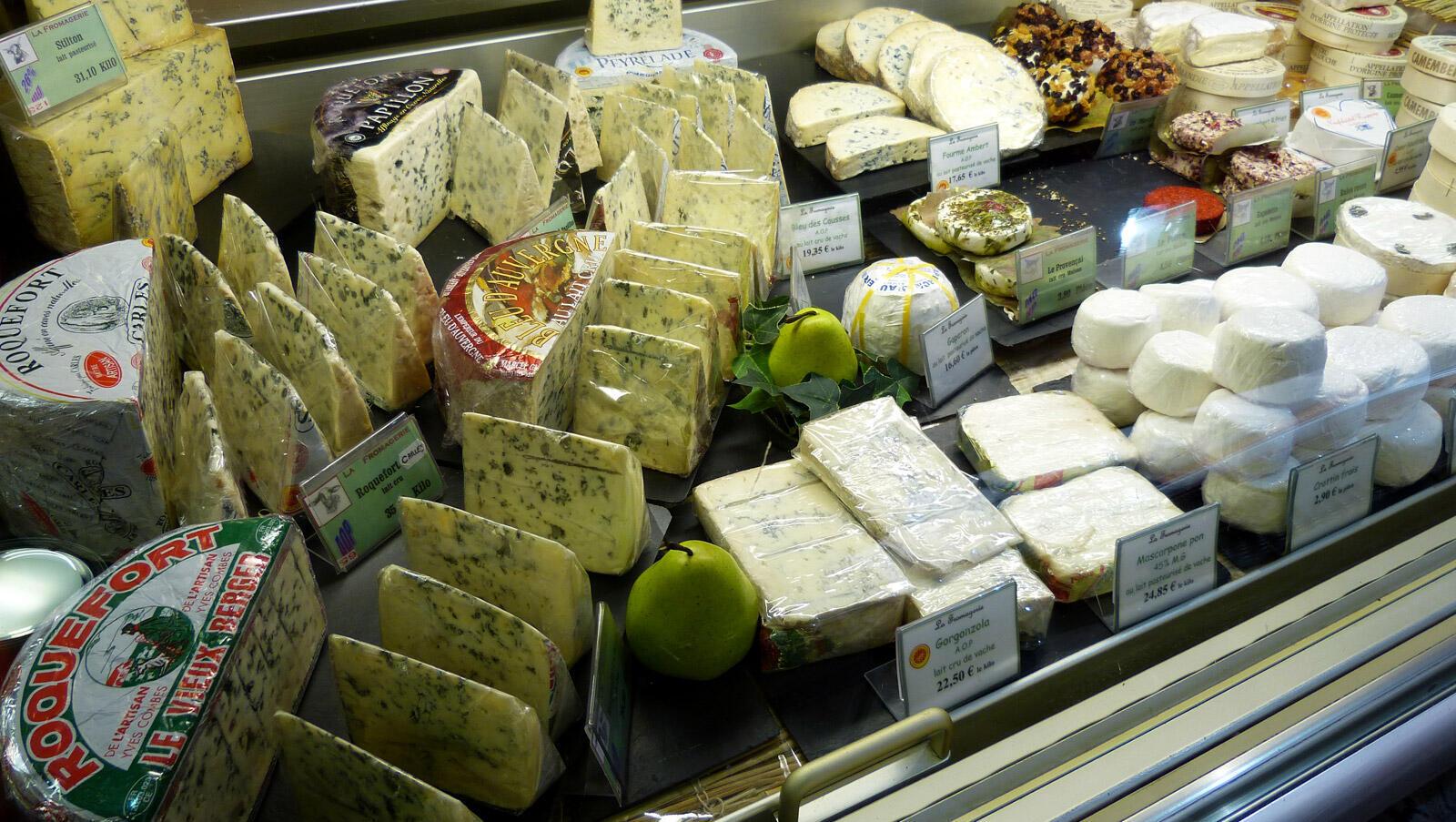 Une douzaine de fromages français était concernée par cette mesure, principalement des fromages à pâte molle.