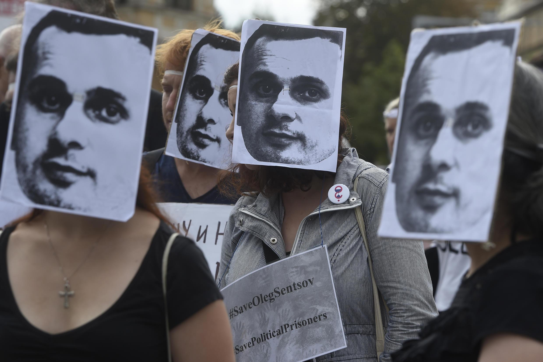 Во время голодвки Олега Сенцова по всему миру проходили сотни акций в его поддержку