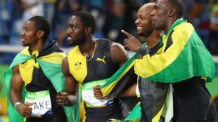 L'équipe des sprinters jamaïcains, médaillés d'or à Rio au 4x100m vendredi 19 août 2016. De gauche à droite: Yohan Blake, Nickel Ashmeade, Asafa Powell et Usain Bolt.