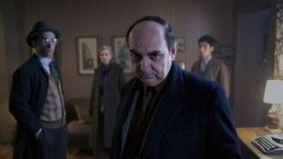 El actor Luis Gnecco interpreta a un Neruda fugitivo en la cinta de Pablo Larraín.