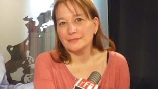 La escritora franco-argentina Laura Alcoba en RFI