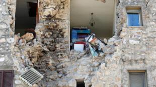 Il y a un an à Norcia, comme dans d'autres localités du centre de l'Italie, les dégâts ont été très importants.