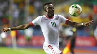 Alain Traoré, atacante do Burkina Faso, autor do único gola da partida frente ao Gana. 04/02/17