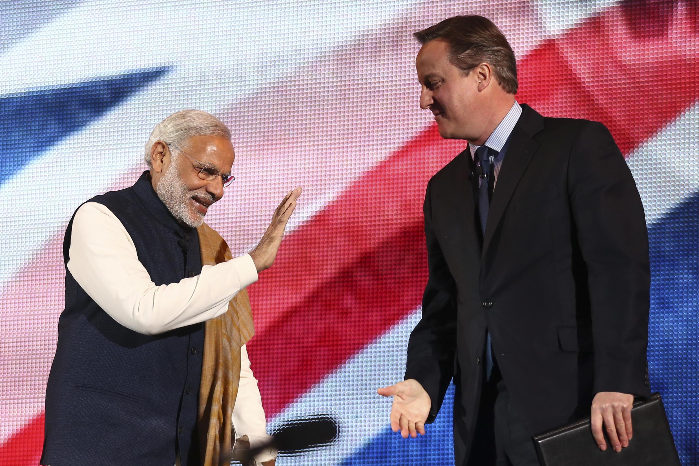 Le Premier ministre britannique David Cameron (à droite) et son homologue indien, Narendra Modi, lors d'une rencontre à Londres le 13 novembre 2015.