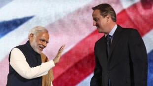 Thủ tướng Anh David Cameron (phải) và đồng nhiệm Ấn Độ Narendra Modi tại Luân Đôn ngày 13/11/2015.