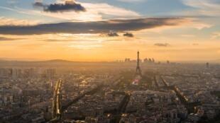 Vue aérienne de Paris, capitale de la France.