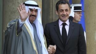 Presidente francês Nicolas Sarkozy assinou acordo de cooperação com o Cheikh do Kuwait, Nasser Mohammed Al Ahmed Al-Sabah.