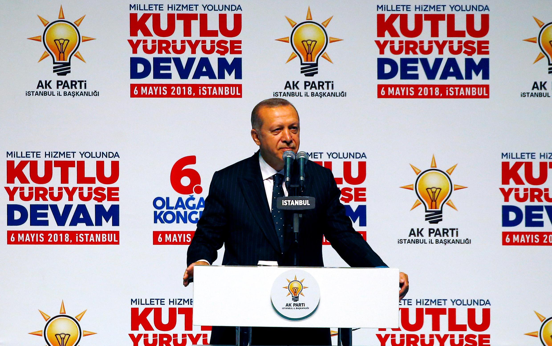 Le président turc Erdogan lors d'un rassemblement électoral à Istanbul, dimanche 6 mai 2018.