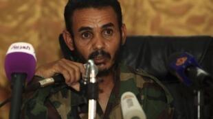 Ajmi al-Atiri a capturé Seif al-Islam et est aujourd'hui son geôlier.
