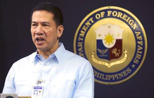 Phát ngôn viên Bộ Ngoại giao Philippines, Raul Hernandez.