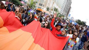 Gay Pride à Durban, en juin 2015. L'Afrique du Sud est le seul pays africain à reconnaître officiellement des droits aux homosexuels.