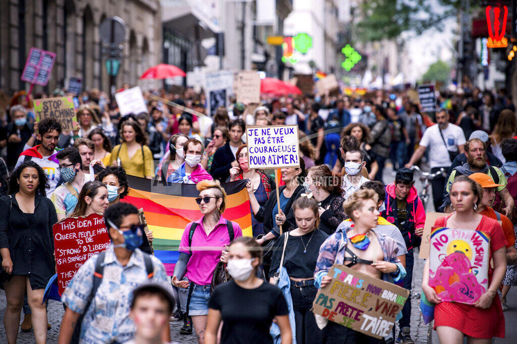 Protesto deste sábado (04/07/2020) não teve festa, nem música, como tradicionalmente ocorre nas paradas gays.