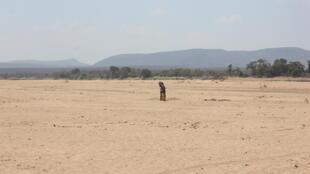 Photo - Fleuve Mandrare - sécheresse - Madagascar