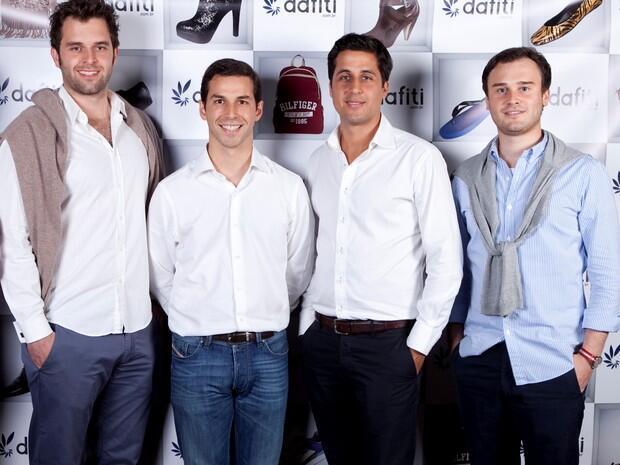 Thibaud Lécuyer (segundo a partir da esquerda) ao lado dos outros sócios da francesa Dafiti, Malte Horeyseck, Philipp Povel e Malte Huffmann