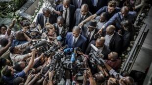 Une conférence de presse du candidat Shadary, à Kinshasa, le 29 décembre 2018.