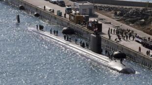 Tàu ngầm nguyên tử lớp Los Angeles của Mỹ đậu tại một cảng Hàn Quốc để chuẩn bị của Mỹ tham gia cuộc tập trận chung Foal Eagle (Ảnh chụp 03/03/2014)