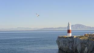 Le Maroc, vu depuis Gibraltar, en Espagne.