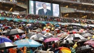 美国总统奥巴马在曼德拉纪念会的讲演受到欢呼 10/12/2013