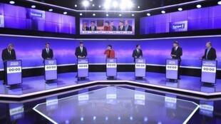 Os candidatos à primária de esquerda antes do escrutínio do dia 22 . 19 de Janeiro de 2017