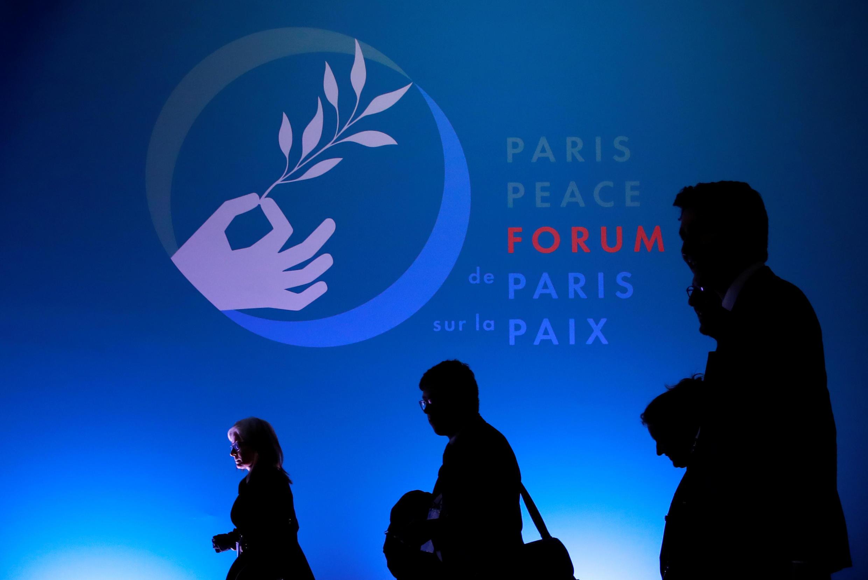 Fórum da Paz reuniu em Paris chefes de Estado e representantes de organizações internacionais.