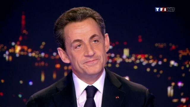 Tổng thống Nicolas Sarkozy chính thức loan báo quyết định tái ửng cử trên đài truyền hình ngày 15/02/2012.