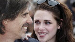 O diretor brasileiro Walter Salles e a atriz Kristen Stewart