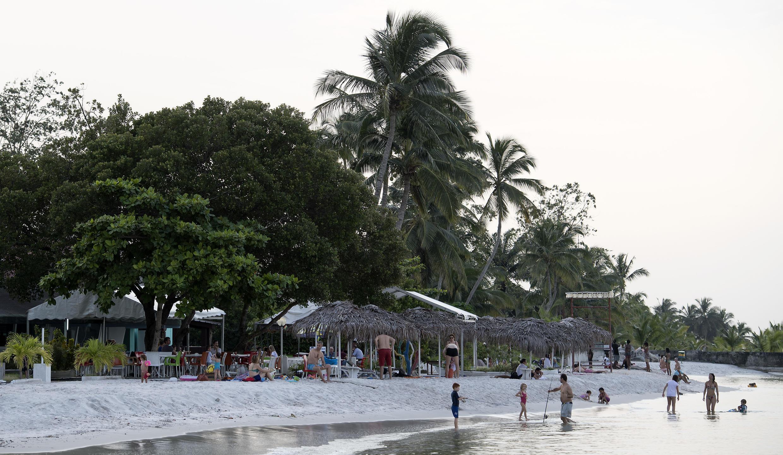 Une plage du Gabon, près de Port-Gentil.
