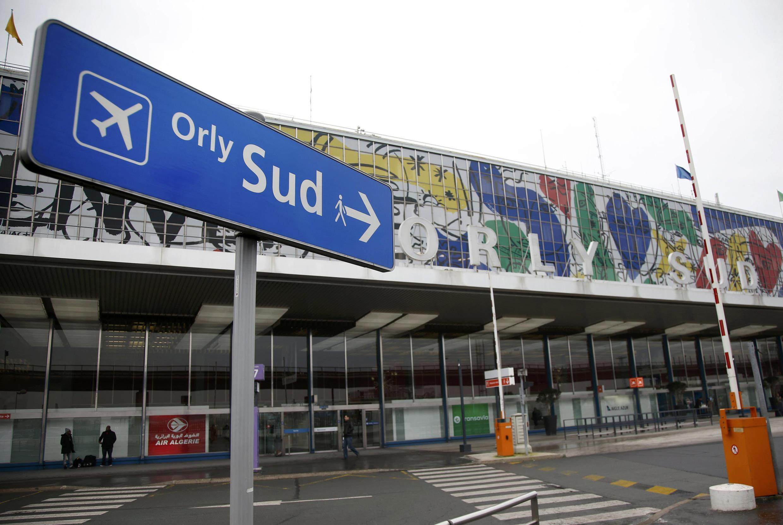 Terminal Sul, aeroporto de Orly, Paris.