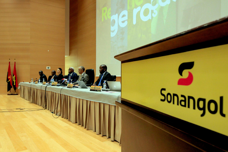 """Cerimónia de apresentação do """"Programa de Regeneração"""" da Sonangol"""