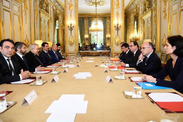 Conselho de ministros francês volta a reunir-se só depois das férias de verão