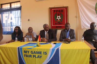 Presidente da Federação de Futebol da Guiné - Bissau em conferência de imprensa