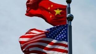 美中两国国旗资料图片