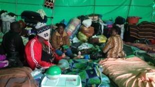 Refugiados no campo de Isipingo, no sul de Durban 15/04/2015