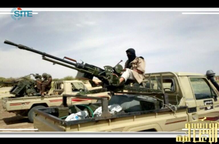 Imagem de um vídeo publicado por um site islâmico, mostrando insurgentes no norte do Mali.