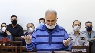 دیوان عالی کشور، صبح روز سه شنبه ۲۵ شهریور، در رابطه با پروندۀ  محمدعلی نجفی شهردار سابق تهران و صدور رأی در این پرونده، تشکیل جلسه داد.