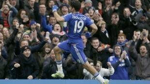 Diego Costa, del Chelsea, luego de marcar un gol contra el equipo de West Ham United, Stamford Bridge, Londres, 26 de diciembre de 2014.