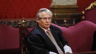 Juiz espanhol foi acusado de quebrar lei da anistia, em vigor no país desde o final da ditadura de Francisco Franco.
