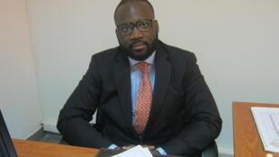 António Luvualu de Carvalho, analista e docente universitário angolano