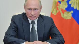 2020-10-07T095317Z_1596236590_RC2LDJ9VGDO4_RTRMADP_3_ARMENIA-AZERBAIJAN-RUSSIA-PUTIN