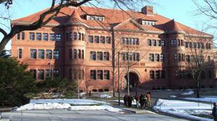 美國哈佛大學