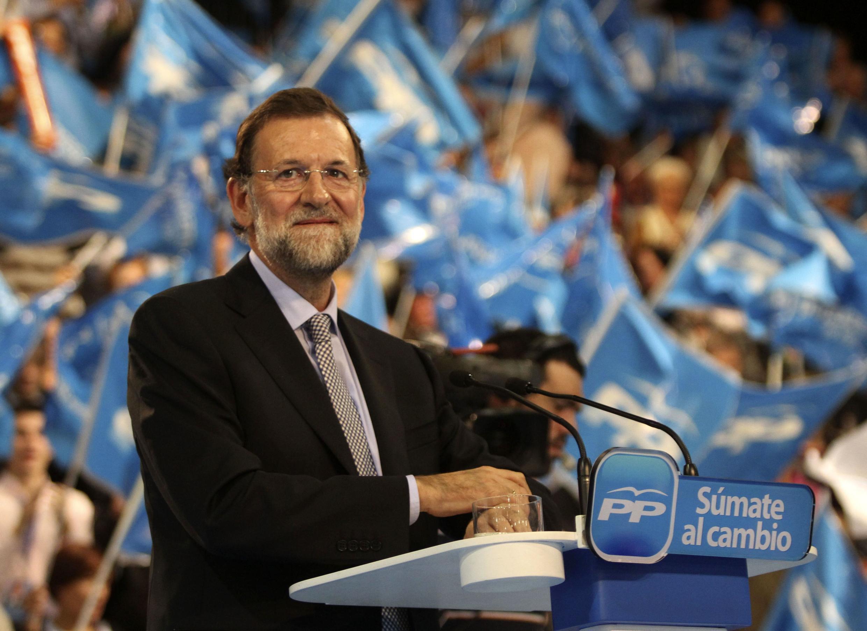 Maior desafio do novo chefe de governo da Espanha, Mariano Rajoy, é evitar a recessão.