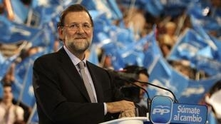 Mariano Rajoy, tipped be Spain's next PM, at an election campaign rally