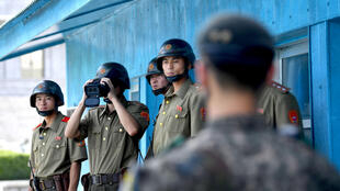 韩朝非军事区板门店的朝鲜士兵。摄于2018年8月13日