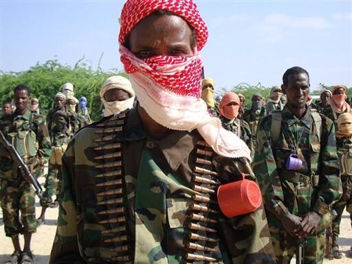 Combattants shebabs lors d'un entraînement militaire au nord Mogadiscio (image d'archives)