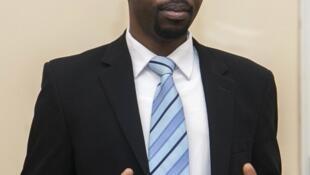 Philippe Mpayimana durant sa première conférence de presse de candidat, le 4 février 2017 à Kigali.