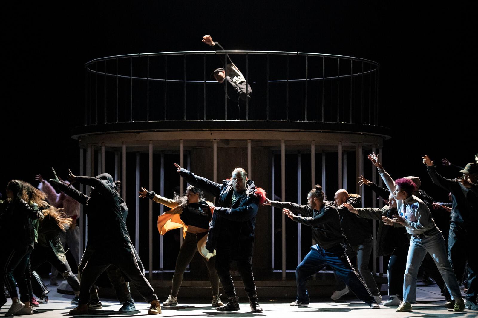 «Галантные Индии», опера Жан-Филиппа Рамо в постановке Клемана Кожитора.